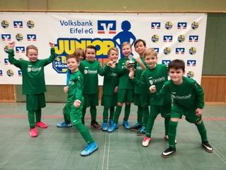 F- Junioren des TuS 05 Daun Sieger  beim 9. Volksbank Eifel eG Junior Cup in Prüm